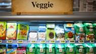 Fleischloser Konsum boomt: Supermärkte bieten zahlreiche Alternativen an.