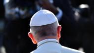 Papst Franziskus: Die Schule hofft, dass er den Konflikt zu ihren Gunsten beeinflussen wird.