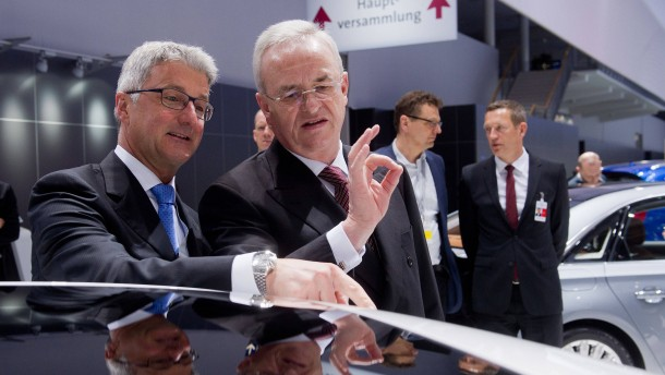 Vergleich von Winterkorn und Volkswagen in Reichweite
