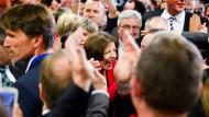 Lange Zeit lag Manu Dreyer und ihre SPD viele Prozentpunkte hinter der CDU. Nun stellen die Sozialdemokraten doch die stärkste Kraft in Rheinland-Pfalz.