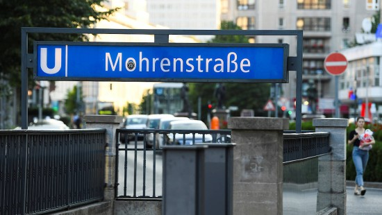 "Berliner Verkehrsbetriebe benennen ""Mohrenstraße"" um"