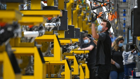 Daimler beendet Corona-Pause
