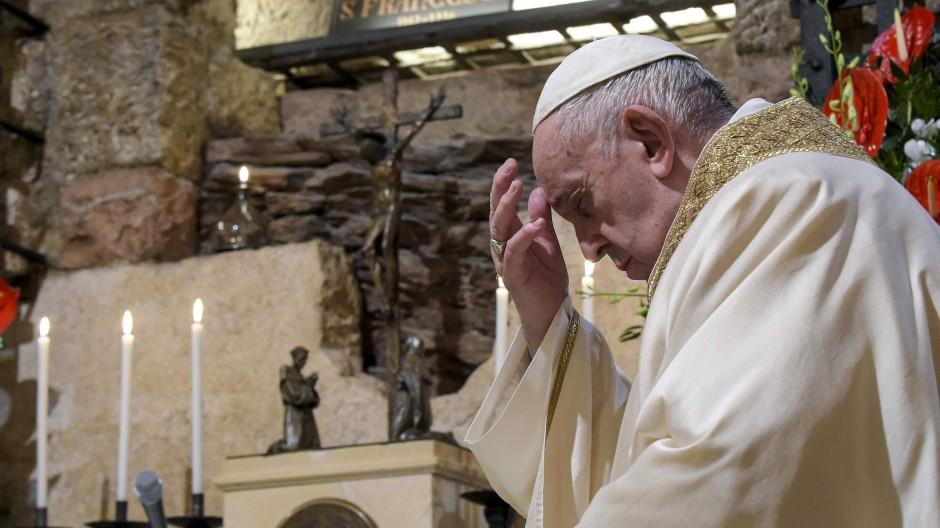 Neues Grundsatzpapier: Nach gut fünf Jahren verfasst der Papst wieder eine neue Enzyklika.