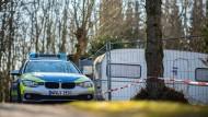 Ein Polizeiauto auf dem Campingplatz Eichwald