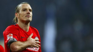 Eintracht-Fans kämpfen um Verbleib von Alex Meier