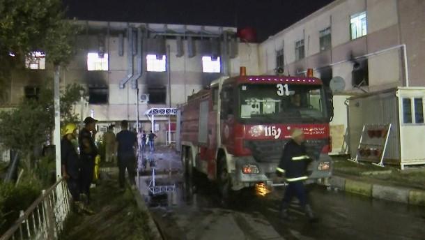 Feuer auf Corona-Station in Bagdad