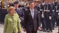 Cameron bei Merkel