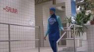 Burkini statt Bikini im Schwimmbad