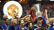 Europa League gewonnen: Manchester United kann sich freuen – auch über den Umsatz.