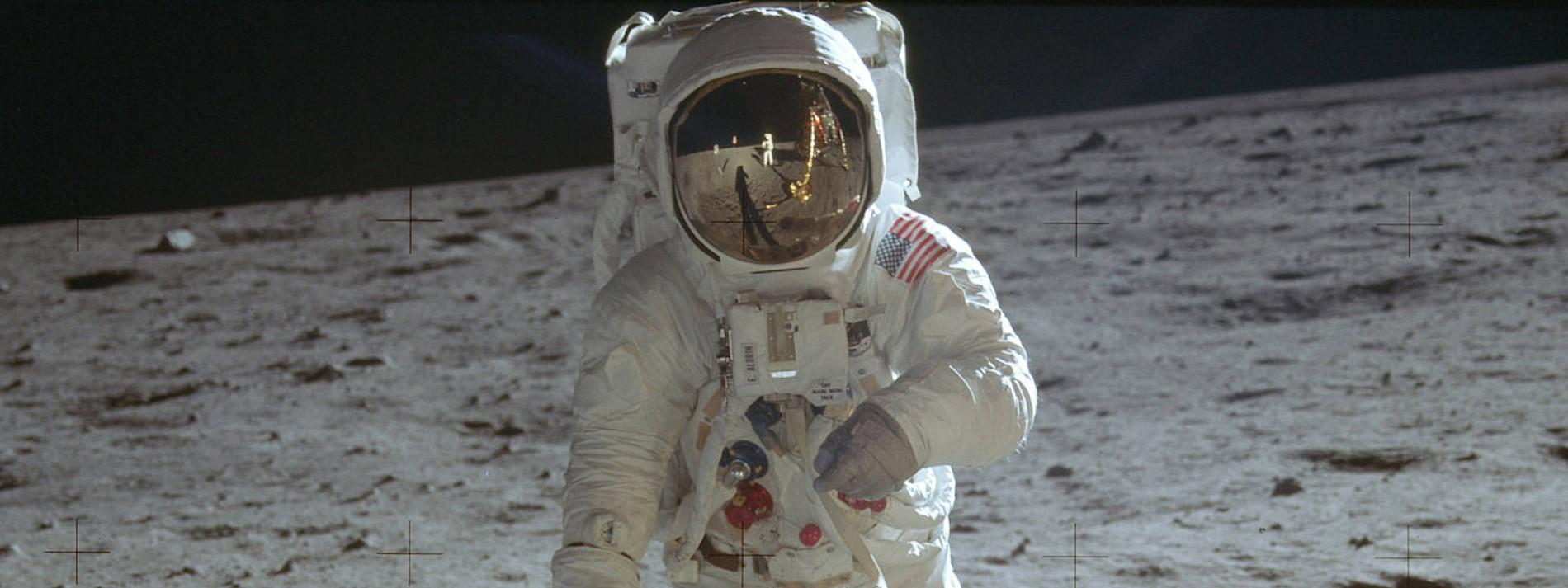 Der Mond war der Gipfel seiner Welt