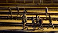 Briten wollen Eurotunnel mit Millionen Euro gegen Flüchtlinge sichern