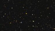 Galaxienhaufen im frühen Universum: So jung und schon so massereich