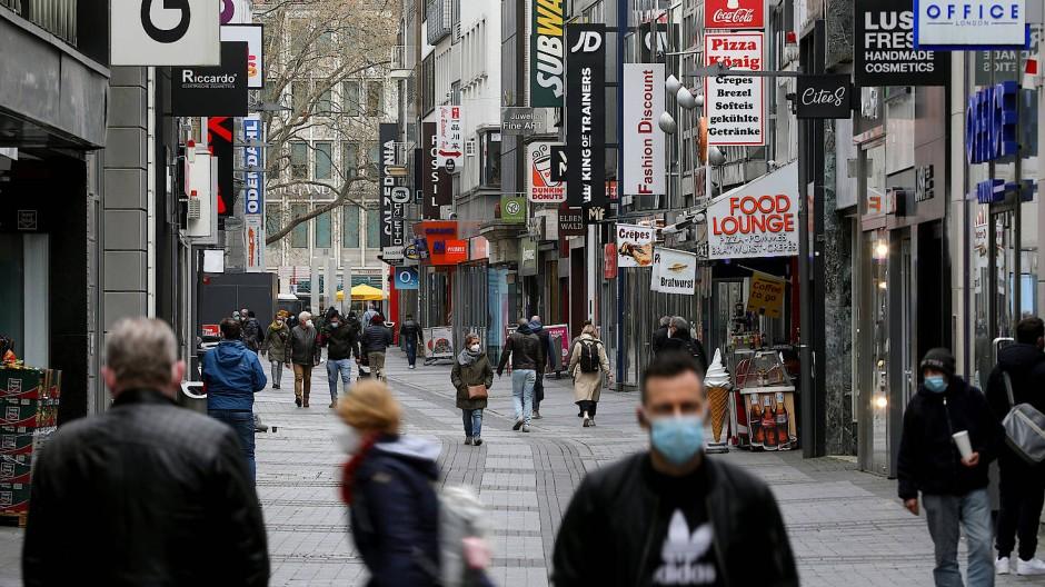 Der Umsatz berappelt sich: Geschäfte in der Kölner Innenstadt