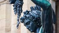"""Schützend wie drohend: Cellinis """"Perseus"""" in Florenz"""