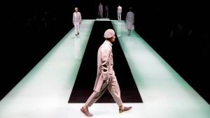 Das Smartphone setzt die Modeanbieter unter Druck