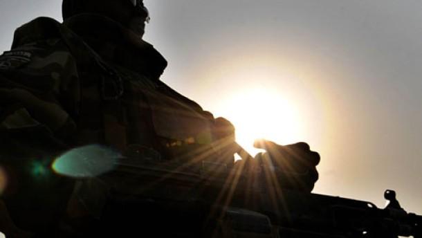 Regierung: 76 Zivilopfer bei amerikanischem Luftangriff
