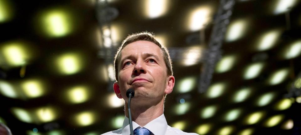 Neue Partei Von Bernd Lucke Alfa Wird In Lkr Umbenannt