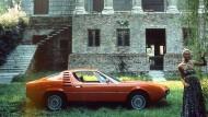 Die Flowerpower-Zeit war noch nicht ganz vorbei. Alfa Romeo Montreal.