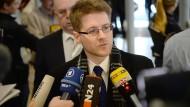 Im Blickpunkt: Peter Richter, Rechtsanwalt und stellvertretender Vorsitzender der saarländischen NPD, will das Verbotsverfahren gegen seine Partei verhindern.