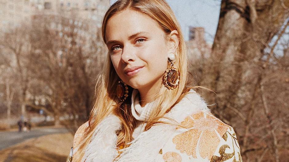 Jeanne de Kroon ist Designerin von Zazi Vintage. Ihr Label steht für ethische Mode.