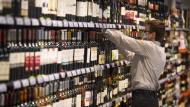 Absatzplus: Supermärkte profitieren vom gestiegenen Weinkonsum. (Archivbild)
