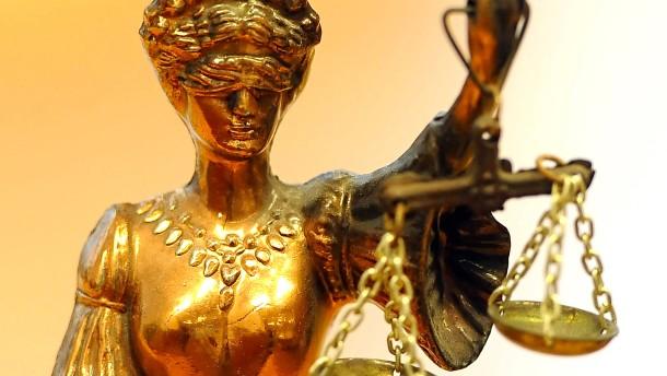Angeklagter äußert sich zum Mord an seiner Frau