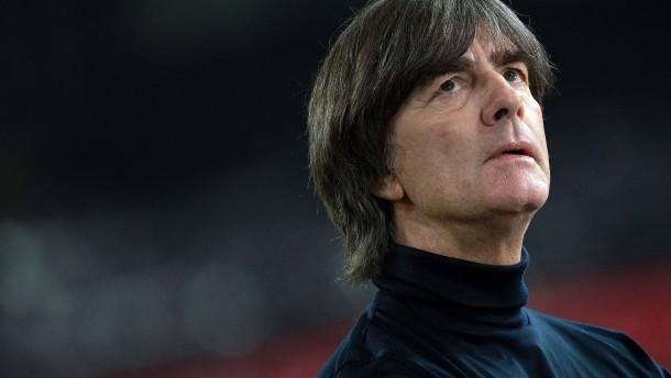 Bundestrainer Löw hört nach EM vorzeitig auf