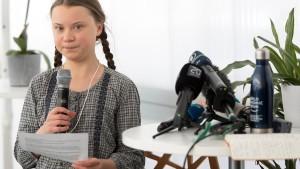Marburger OB schickt Einladung an Klimaaktivistin