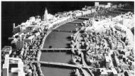 Freie Fahrt: Das Modellfoto aus den sechziger Jahren zeigt die geplante Neugestaltung des Mainufers.
