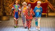 Dresscode fürs Alter? Bei Dolce & Gabbana, wie hier zur Schau im Juni, ist man leger unterwegs.