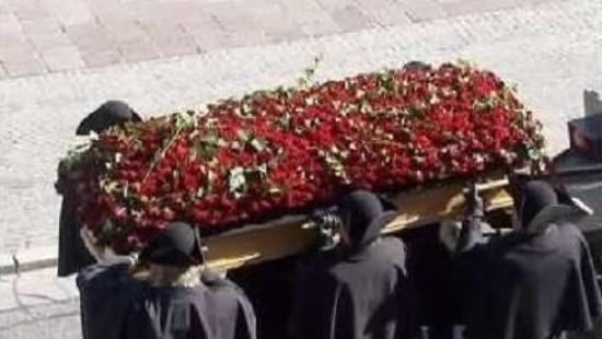 Zehntausende bei Trauerfeier für Haider