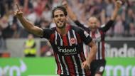 Durfte auch gegen Augsburg wieder einen eigenen Treffer bejubeln:  Goncalo Paciencia