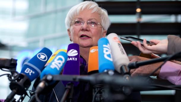 Balanceakt zwischen Seehofer und Merkel