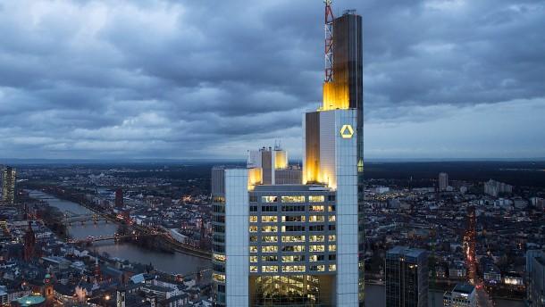 Commerzbank kann zunächst nur drei von vier neuen Aufsichtsräten nennen
