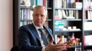 Norbert Röttgen (CDU) ist als Bundestagsabgeordneter Vorsitzender des Auswärtigen Ausschusses.