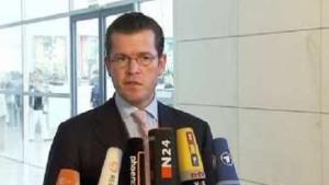 Guttenberg: Treuhandlösung für Opel