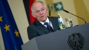 Schäuble will weniger Regulierung für kleine Banken