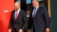 """""""SPD zeig Mut"""": Schulz und Gabriel am Montagabend in Wolfsburg"""