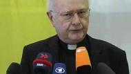 Erzbischof Zollitsch kann die Enttäuschung der Präsidentin des Zentralrats der Juden, Charlotte