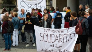 Frauenärztinnen wegen Abtreibungswerbung vor Gericht