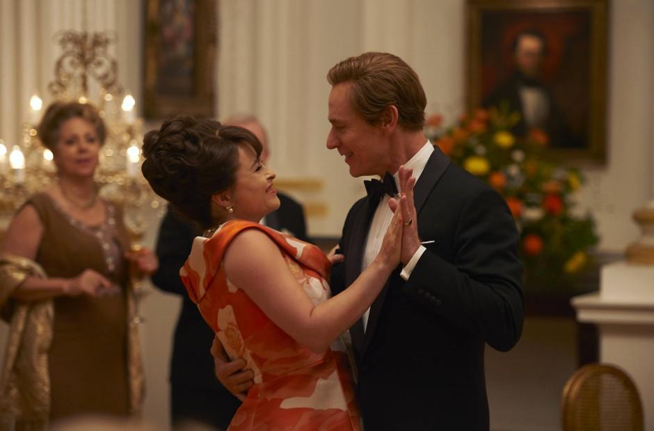 Lässt es krachen: Prinzessin Margaret (Helena Bonham-Carter) mit ihrem Noch-Ehemann Antony Armstrong-Jones (Ben Daniels)