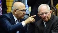 """Schäuble verteidigt Option des """"Grexit auf Zeit"""""""