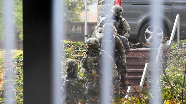 Auch Maas gegen zentrale Inhaftierung von Terrorverdächtigen