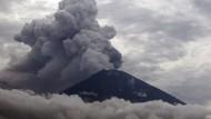 Feuriges Inferno: Mount Agung auf Bali