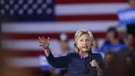 Plötzlich wieder mitten in der E-Mail-Affäre: Hillary Clinton.