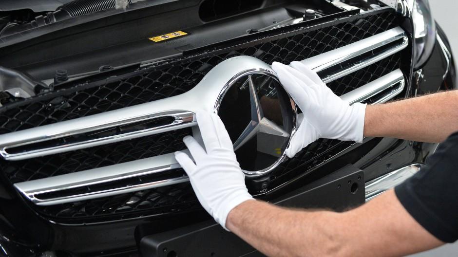 Daimler hat gegen mehrere Mercedes-Fahrer vor dem Bundesgerichtshof gewonnen.