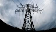 Ärger um Strom: Zu überfüllt und unzureichend ausgebaut soll das deutsche Netz sein.