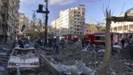 Bei dem schweren Anschlag am Freitagmorgen sind mindestens neun Menschen getötet worden.
