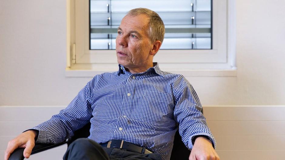"""Entschieden: """"Ein Virologe sollte nicht entscheiden, ob Schulen geschlossen werden"""", sagt René Gottschalk, langjähriger Gesundheitsamtsleiter"""