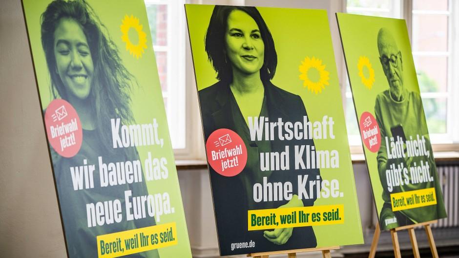 Liebe Bürger*innen: Das Wahlprogramm der Grünen benutzt konsequent Genderformen mit Genderstern.